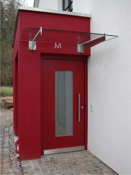 Vordach Weimar im Bauhausstil